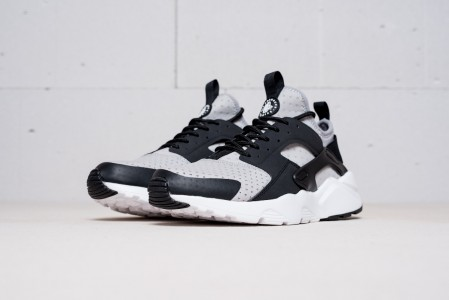 Кроссовки Nike Air Huarache Run Ultra