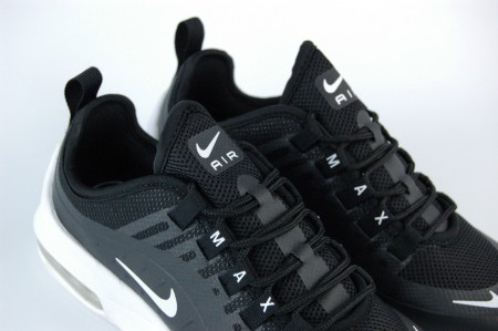 кроссовки Nike Air Max Axis Wmns Black / White